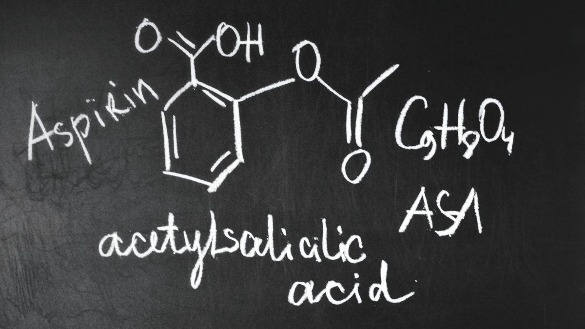 Sistemi a microonde per sintesi dell'aspirina e caratterizzazione tramite NMR da banco