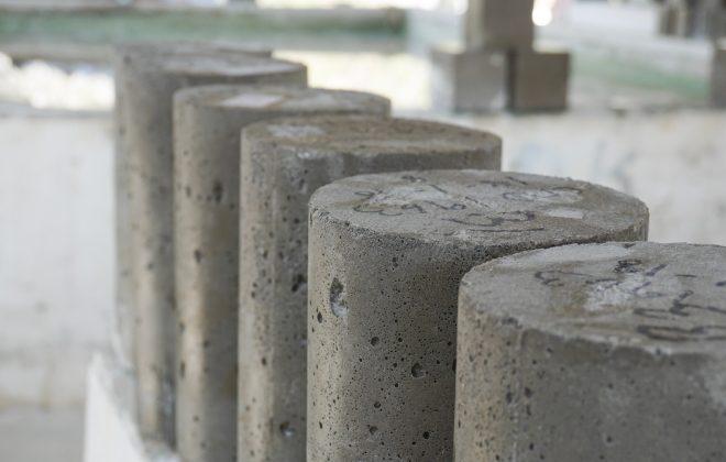 Preparazione dei campioni di cemento con mulini e presse